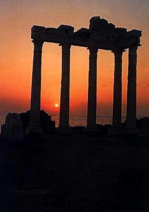 Сиде. Храм Аполлона.